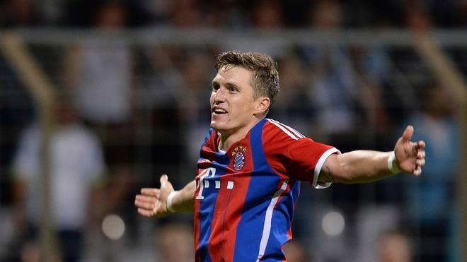 Tobias Schweinsteiger ist der ältere Bruder von Bastian Schweinsteiger TSV 1860 Muenchen II v FC Bayern Muenchen II - Regionalliga Bayern