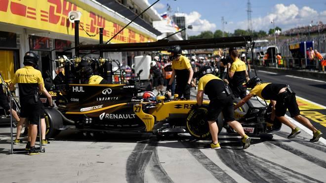Renault, das Team des Deutschen Nico Hülkenberg, könnte der neue Arbeitgeber von Marcin Budkowski werden