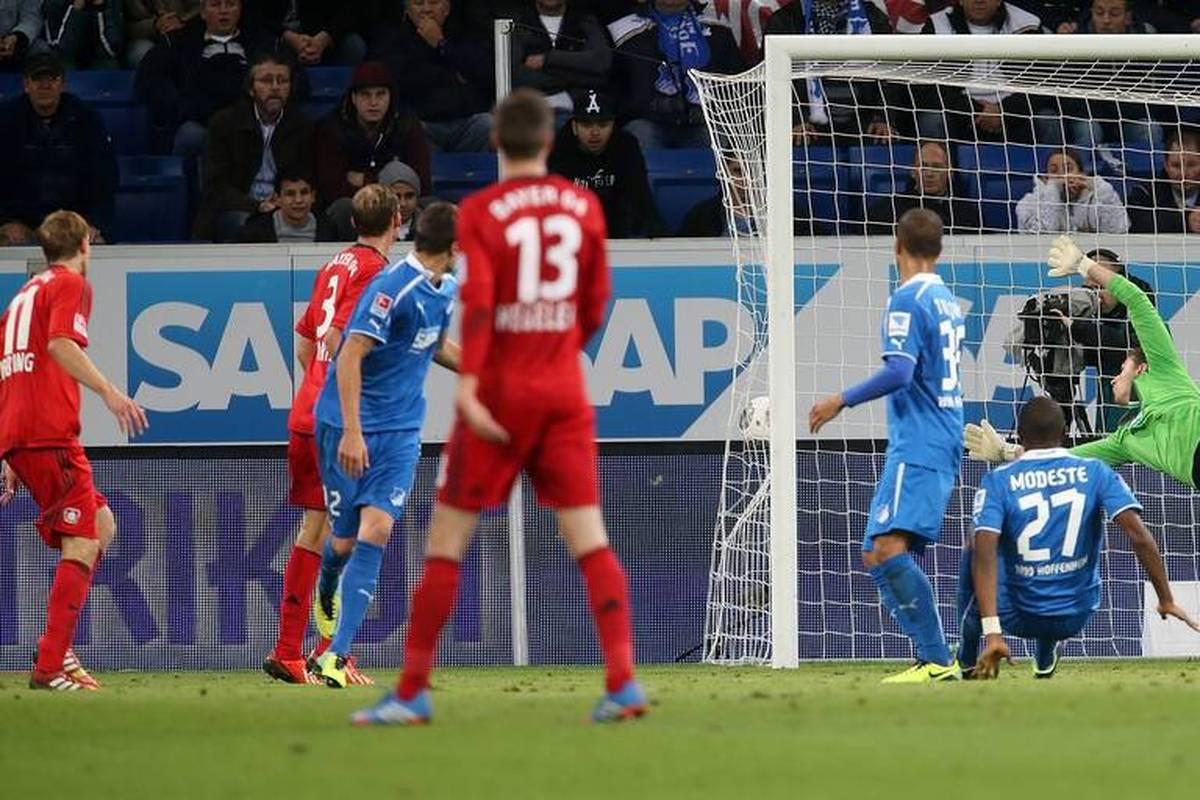 Am 18. Oktober 2013 sorgte Stefan Kießling für den Aufreger der Bundesliga-Saison: Der Leverkusener erzielte ein Tor, welches keines war. SPORT1 erinnert sich.