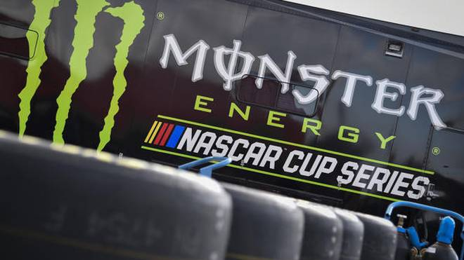 Monster Energy bleibt für ein drittes Jahr Titelsponsor der höchsten NASCAR-Liga