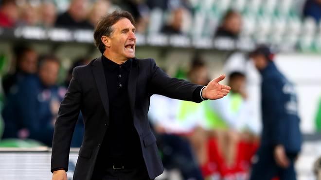 Bruno Labbadia spricht über den Abstieg des Hamburger SV und den VfL Wolfsburg   , Bruno Labbadia rettete den Hamburger SV in der Relegation vor dem Abstieg