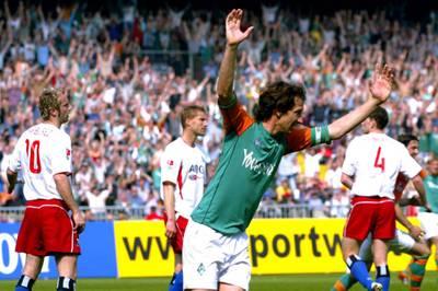 Am Samstag treffen Werder Bremen und der Hamburger SV erstmals in der 2. Liga aufeinander. Zwei Duelle aus Erstligazeiten brachten insbesondere den FC Bayern in Rage.