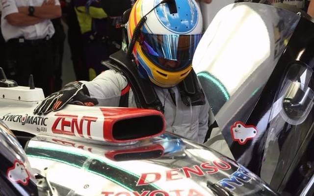 Sonntag in Bahrain: Fernando Alonso kletterte erstmals in den Toyota TS050