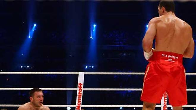 """Der """"weiße Tyson"""" geht schon in der zweiten Runde zu Boden"""