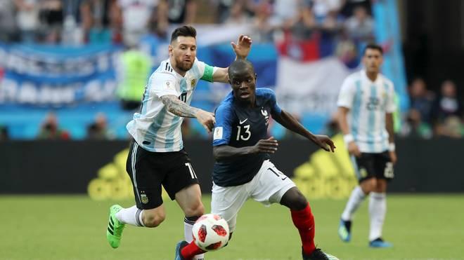 N'Golo Kante (v.) ließ bei der WM mit Frankreich selbst Lionel Messi alt aussehen
