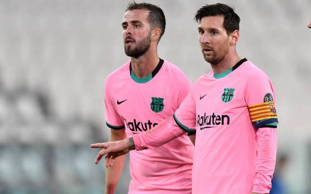 Lionel Messi (l.) und Co. konnten sich mit dem FC Barcelona finanziell nicht einigen