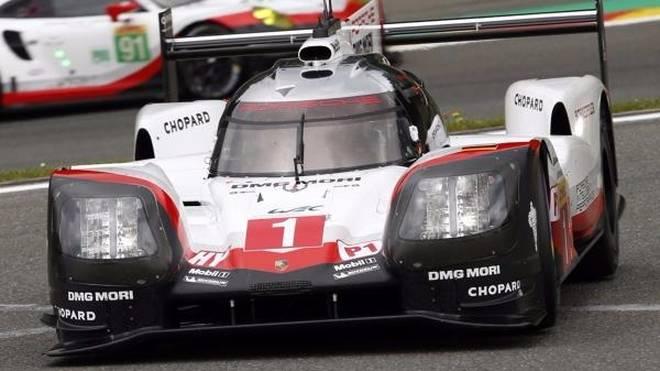 Porsche schlägt im Qualifying überraschd zurück: Pole für Jani/Lotterer/Tandy