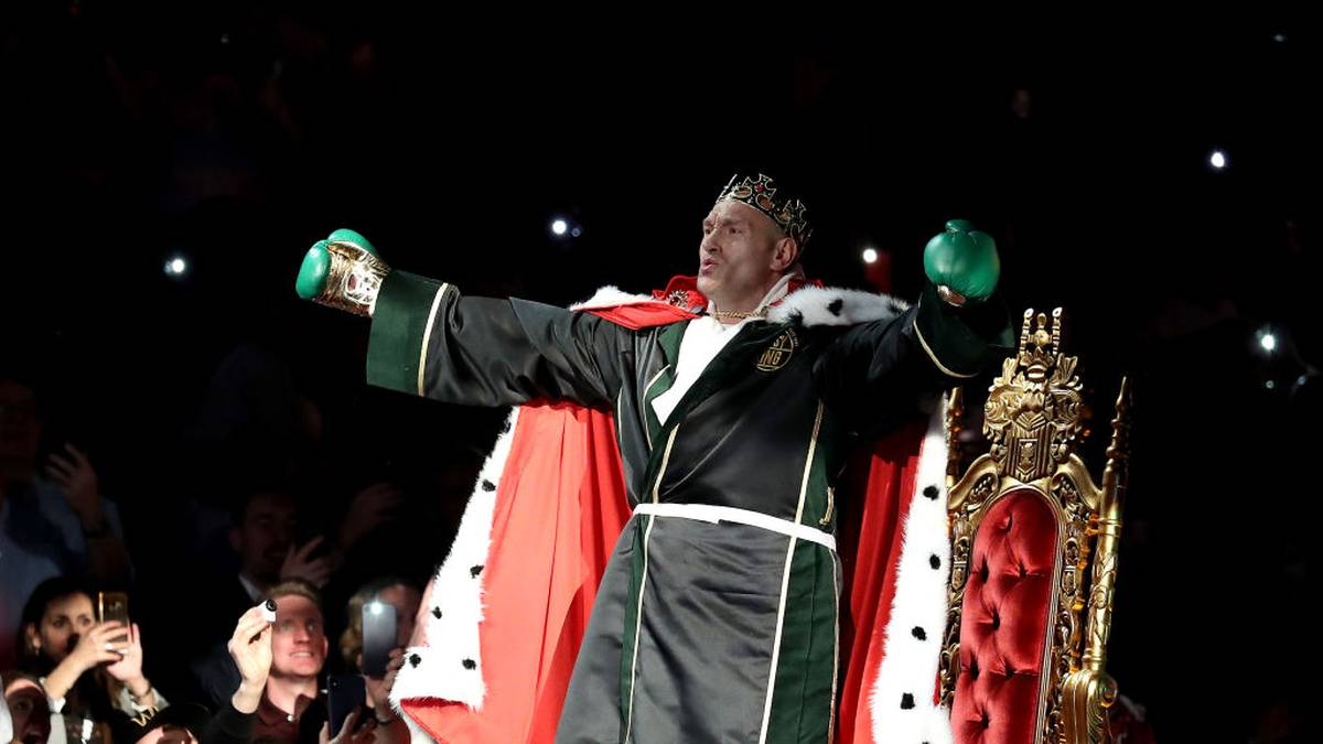LAS VEGAS, NEVADA - FEBRUARY 22:  Tyson Fury enters the ring prior to the Heavyweight bout for Wilder's WBC and Fury's lineal heavyweight title against Deontay Wilder on February 22, 2020 at MGM Grand Garden Arena in Las Vegas, Nevada. (Photo by Al Bello/Getty Images)