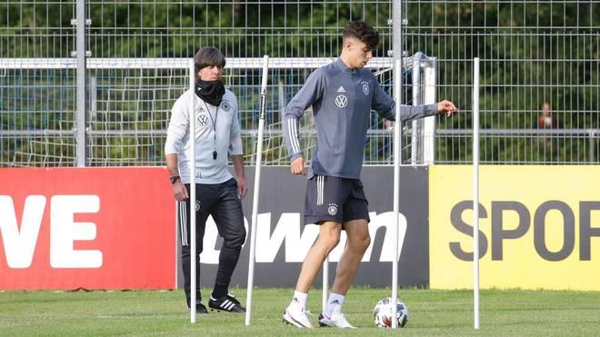 Kai Havertz (r.) wechselte zum FC Chelsea