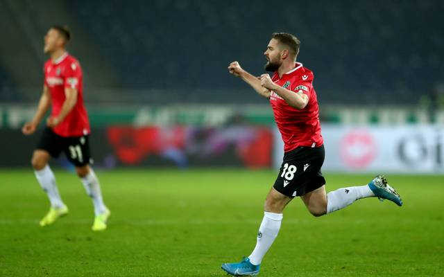 HANOVER, GERMANY - NOVEMBER 25: Marc Stendera of Hannover celebrates a goal during the Second Bundesliga match between Hannover 96 and SV Darmstadt 98 at HDI-Arena on November 25, 2019 in Hanover, Germany. (Photo by Martin Rose/Bongarts/Getty Images)