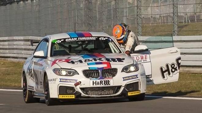 Hochleistungssport: Michael Schrey schob seinen BMW M235i über die Ziellinie