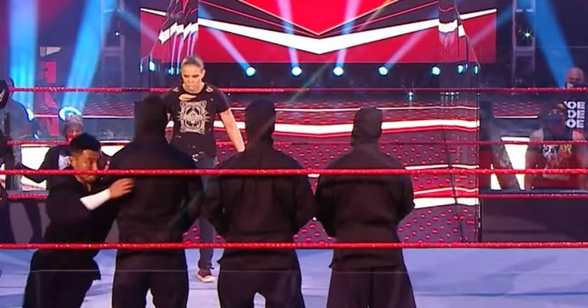 WWE RAW: Rousey-Kumpanin Shayna Baszler kehrt kurios zurück