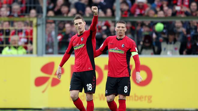 Nils Petersen (l.) brachte den SC Freiburg gegen Hertha BSC in Führung