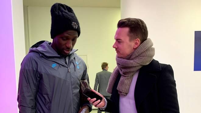 Spurs-Star Moussa Sissoko nahm sich vor der Abreise aus der Allianz Arena noch Zeit für ein Gespräch mit SPORT1-Chefreporter Florian Plettenberg