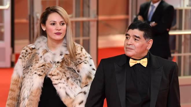 Diego Maradonas und seine Ehefrau Rocio Oliva trennen 30 Jahre Altersunterschied
