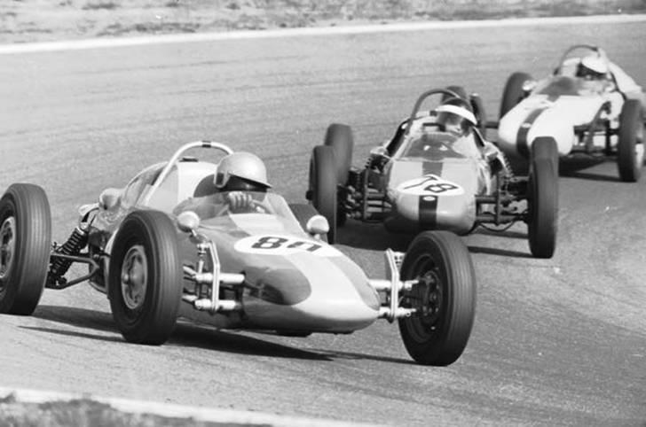 Im Juli 1966 wird Volkswagen Motorsport, damals als Verband Formel V Europa e.V. in München gegründet. Im Laufe der letzten 50 Jahre wird der Name einige Male geändert, doch eine Konstante gibt es: den Erfolg. SPORT1 zeigt Highlights aus 50 Jahren Volkswagen Motorsport