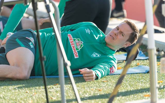 Niklas Moisander ist mit Bremens Leistung in der Hinrunde nicht einverstanden