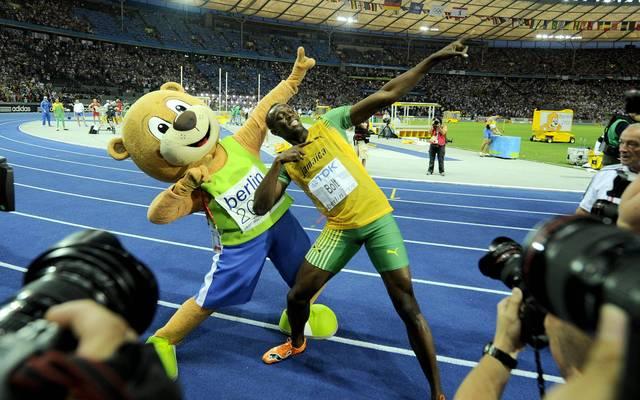 Usain Bolt feierte mit Maskottchen Berlino seinen Weltrekord über 100 Meter