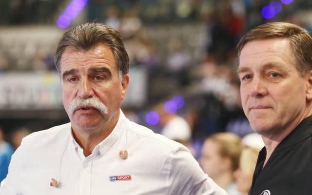 Der frühere Handball-Bundestrainer Heiner Brand (l., hier mit Nachfolger Alfred Gislason) glaubt an eine gute WM der deutschen Nationalmannschaft