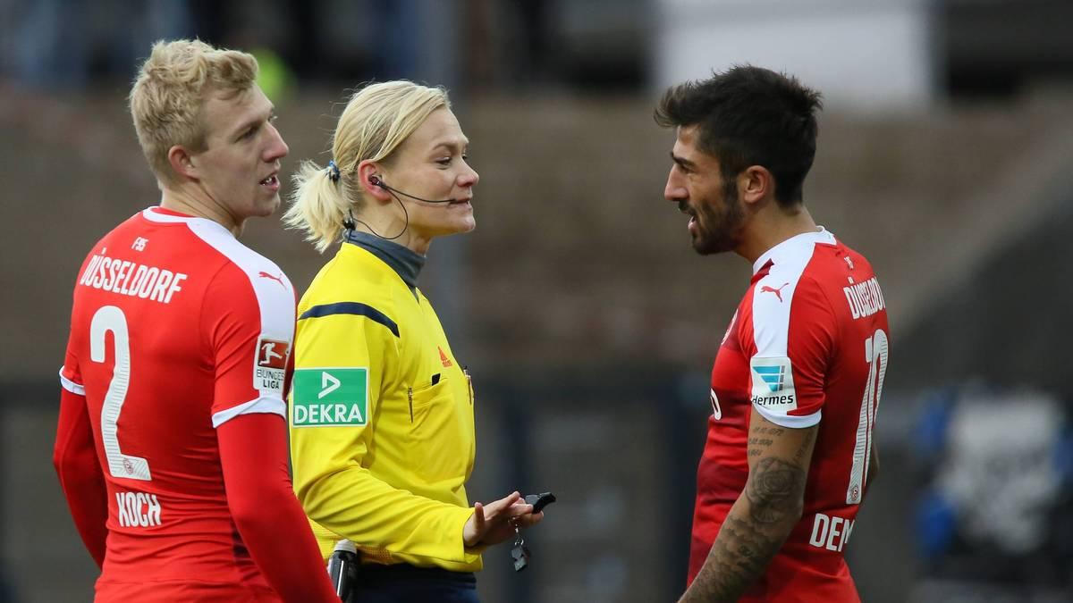Düsseldorfs Kerem Demirbay sah von Schiedsrichterin Bibi Steinhaus die Rote Karte