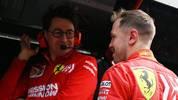 Mattia Binotto (l.) kann sich einen Verbleib von Sebastian Vettel bei Ferrari gut vorstellen