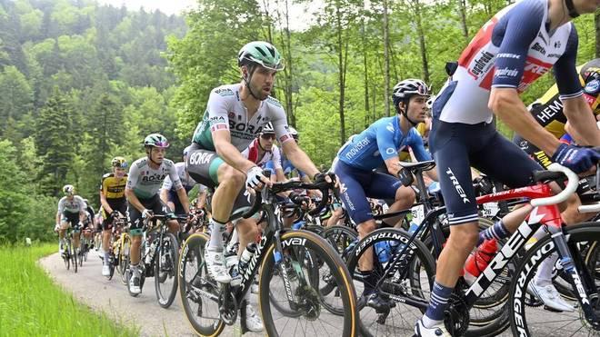 Maximilian Schachmann bleibt bei der Tour de Suisse weiter vorn dabei