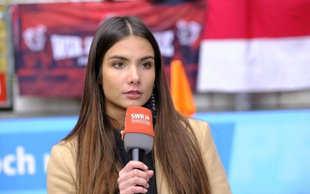 Die Journalistin und Moderatorin Lea Wagner ist künftig für die ARD bei Skisprung-Übertragungen im Einsatz