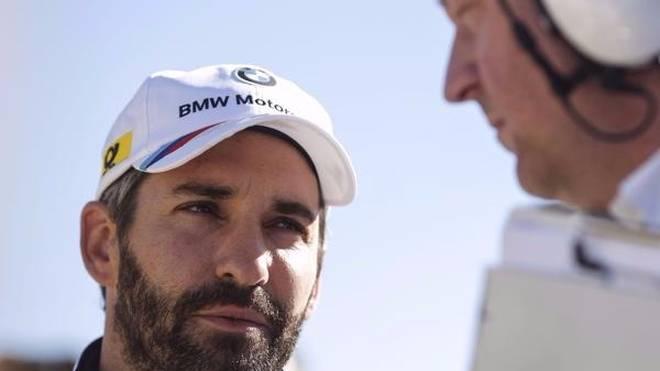 Timo Glock freut sich für den neuen DTM-Champion Rene Rast