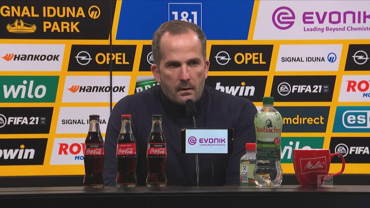 Der FC Schalke 04 muss sich im Revierderby beim BVB klar mit 0:3 geschlagen geben. Trainer Manuel Baum ist über seine Mannschaft verärgert und appelliert an sein Team.