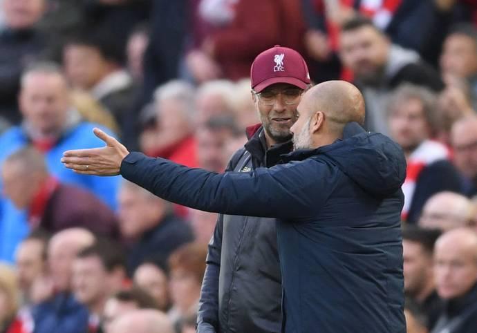 Der FC Liverpool ist dem Traum vom ersten Meistertitel seit 30 Jahren einen bedeutenden Schritt nähergekommen. Mit dem 3:1-Erfolg im Topspiel gegen den amtierenden Meister Manchester City zeigte die Klopp-Mannschaft eindrucksvoll, wer in dieser Saison Favorit auf den Titel in der Premier League ist