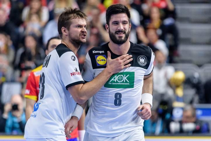 Die deutschen Handballer stürmen als Gruppensieger in das WM-Halbfinale. Nach dem Sieg gegen Spanien strotzen die Jungs von Bundestrainer Christian Prokop nur so vor Selbstvertrauen. SPORT1 nimmt die deutschen Spieler in der Einzelkritik unter die Lupe