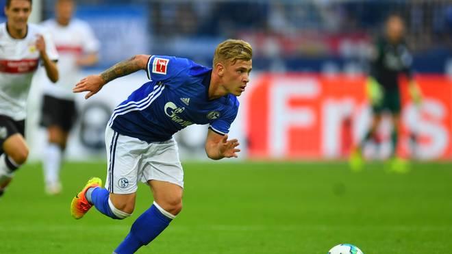 Max Meyer spielt für den FC Schalke 04 gegen den FSC Mainz 05 erneut auf der Sechserposition