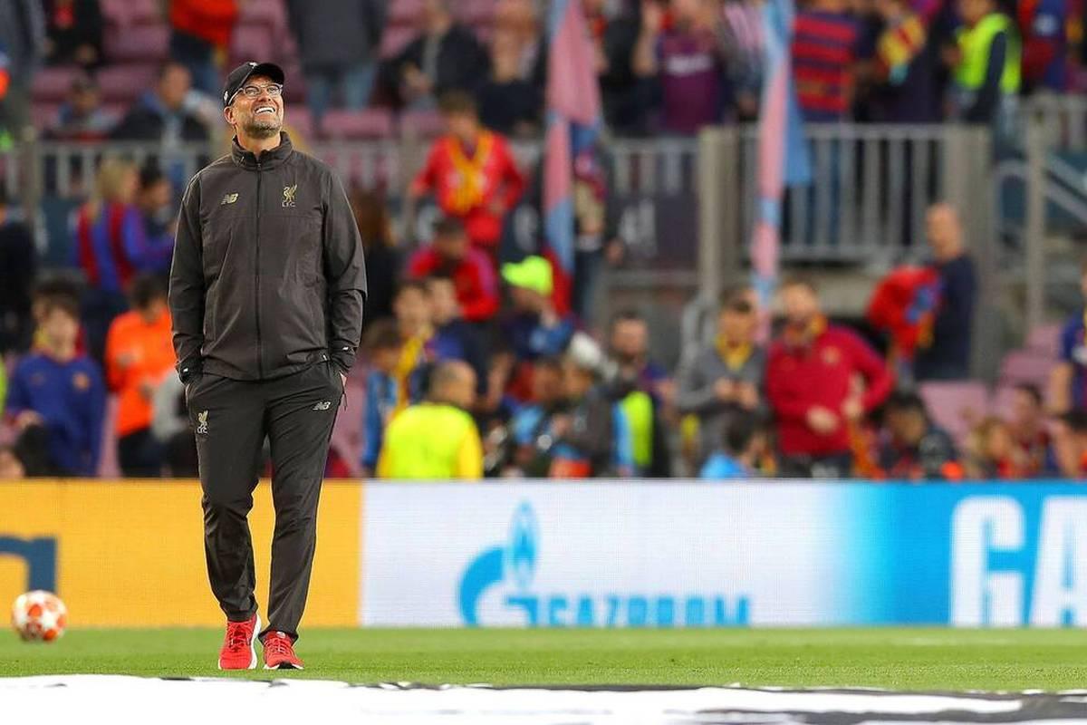 Der FC Barcelona hält Ausschau nach einem Coach, obwohl Ronald Koeman noch auf der Trainerbank sitzt. Nun rückt Jürgen Klopp wohl mal wieder in den Fokus der Katalanen.