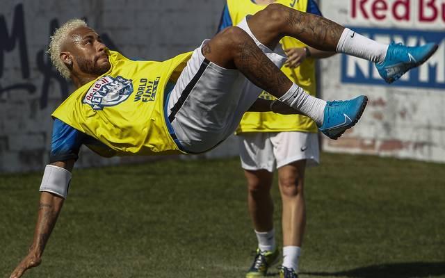 Paris St. Germain: Interview-Aussagen von Neymar aus Auto gestohlen, Neymar träumt von einer Rückkehr zum FC Barcelona