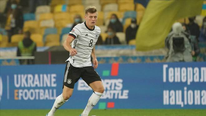 Toni Kroos könnte gegen die Schweiz sein 100. Länderspiel absolvieren