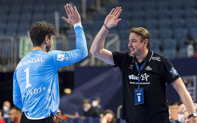 Trainer Filip Jicha (r.) mit Matchwinner Niklas Landin