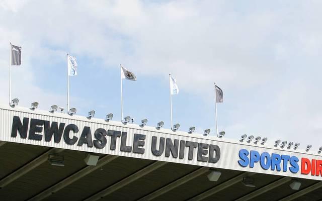 Nun kommt auch die Premier League nicht mehr um eine Spielverlegung herum