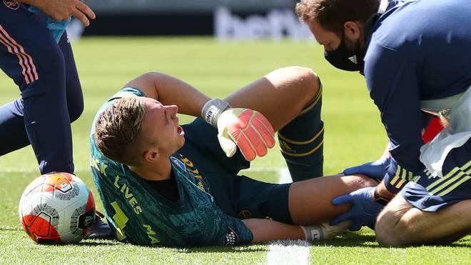 Bernd Leno verdrehte sich im Spiel gegen Brighton & Hove Albion das Knie