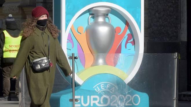 Wegen der Corona-Pandemie hatte die UEFA die EURO 2020 um ein Jahr auf den Sommer 2021 verschoben