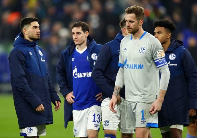 Das Derby hätte für Schalke 04 ein Wendepunkt in der Saison werden können. Stattdessen ging das Duell mit dem BVB mit 1:2 verloren. Es war bereits die achte Niederlage. Damit hat Königsblau bereits eine Pleite mehr auf dem Konto als in der kompletten Vorsaison - und das am 14. Spieltag!