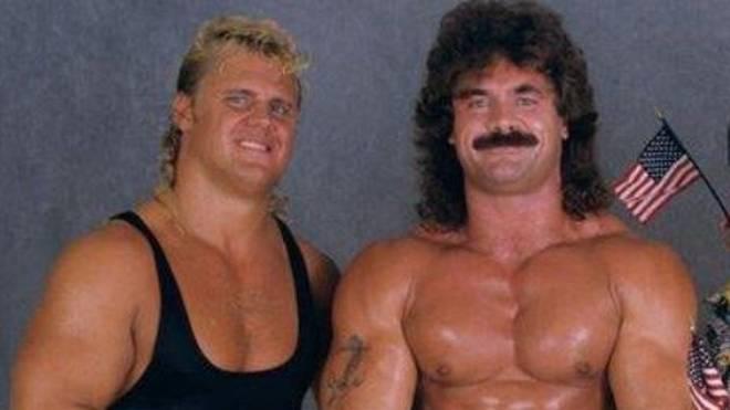 """""""Mr. Perfect"""" Curt Hennig (l.) und """"Ravishing"""" Rick Rude zogen posthum in die WWE Hall of Fame ein"""