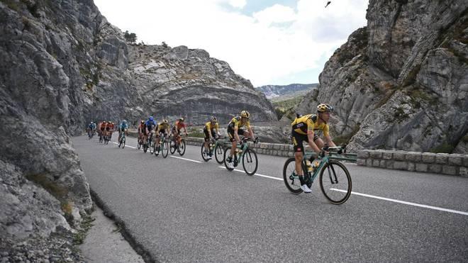 Bei der Tour de France wartet die erste Bergankunft auf die Fahrer