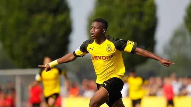 Youssouf Moukoko und der BVB stehen im Achtelfinale der Youth League