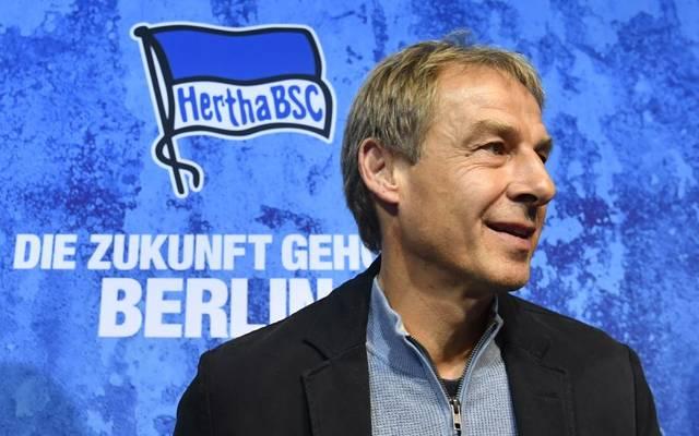 Jürgen Klinsmann hat seine Trainerlizenz gerader nicht parat