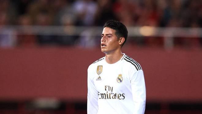 Ratloser Blick: James Rodriguez wechselte in diesem Sommer vom FC Bayern zu Real Madrid