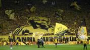 MANFRED BURGSMÜLLER: Er traf sogar 158 Mal für die Borussia. Nach sieben Jahren im Schwarz-Gelben Trikot wechselte er zum 1. FC Nürnberg und später zu Werder Bremen. Im Mai 2019 verstarb er im Alter von 69 Jahren, die BVB-Fans widmeten ihm eine Choreographie (im Bild)