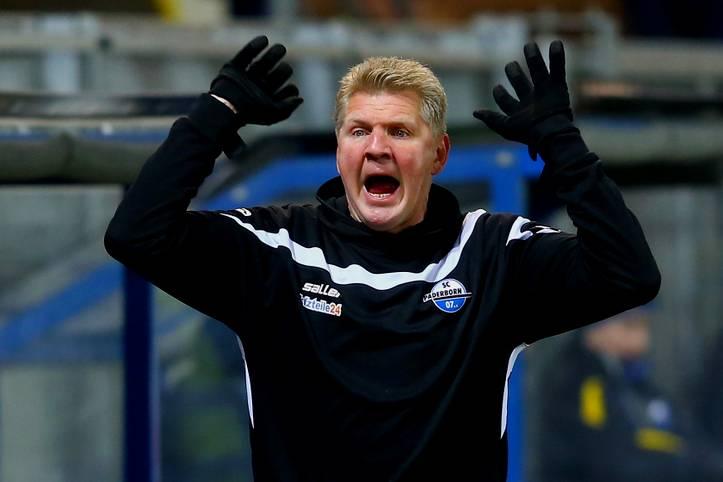 Aus is': Nach nur 141 Tagen und zuletzt zwölf sieglosen Spiele in Liga zwei hintereinander und des Absturzes auf Platz 17 ist Stefan Effenberg nicht mehr Trainer des SC Paderborn. Sein erster Schuss als Trainer ging daneben. Ob er wieder eine Chance bekommt?