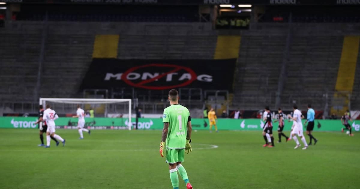 Eintracht Frankfurt: Adi Hütter hat die Fans beim Spiel vermisst