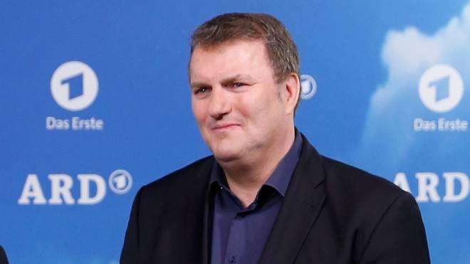 ARD-Sportkoordinator Axel Balkausky lässt die Zusammenarbeit mit Christoph Metzelder ruhen