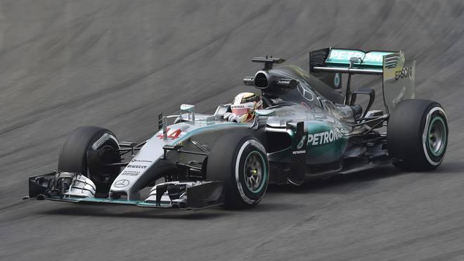 AUTO-PRIX-F1-BRAZIL-HAMILTON-PRACTICE